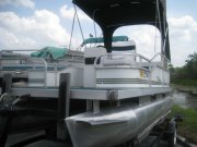 Used 2004  Weers Fish 16 Pontoon Power Boat for sale
