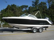 New 2013 Robalo Power Boat for sale