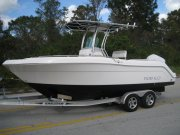 New 2014 Robalo 222 Center Console for sale