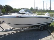 Pre-Owned 2000  powered Power Boat for sale