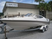 Pre-Owned 2001  powered Regal Boat for sale