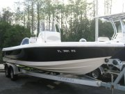 Used 2015  powered Robalo Boat for sale