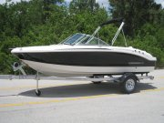 New 2015 Chaparral Power Boat for sale
