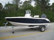 New 2016 Robalo 160 Center Console Power Boat for sale