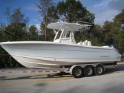 New 2016  powered Robalo Boat for sale