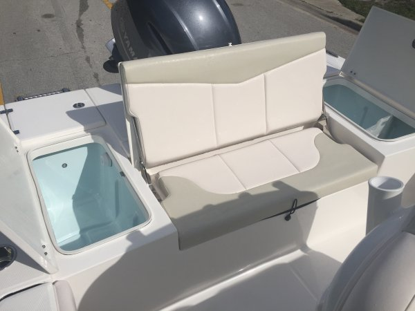 A 226 Cayman Bay Boat is a Power and could be classed as a Bass Boat, Bay Boat, Bowrider, Center Console, Fish and Ski, Flats Boat, Freshwater Fishing, High Performance, Saltwater Fishing,  or, just an overall Great Boat!