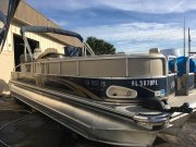 Used 2009  powered Power Boat for sale