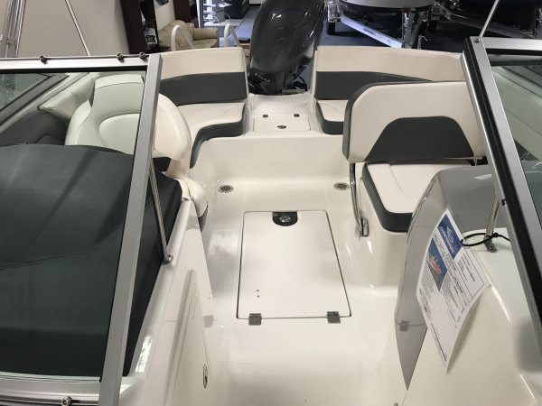 A 210 Suncoast Outboard is a Power and could be classed as a Bowrider, Deck Boat, Dual Console, Fish and Ski, Freshwater Fishing, High Performance, Saltwater Fishing, Sedan, Ski Boat, Wakeboard Boat, Runabout,  or, just an overall Great Boat!